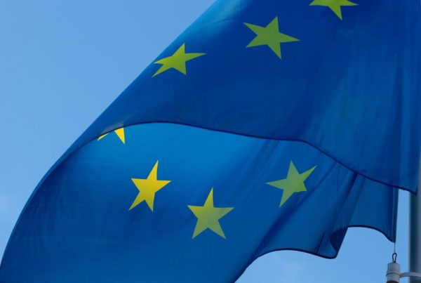 flag 2608475 1920 1024x683 600x403 - Objavljena Strategija EU-a: Historijska prilika za Zapadni Balkan