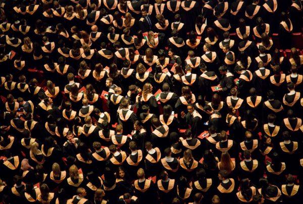 faustin tuyambaze 135473 unsplash 1024x683 600x403 - Da li se bh. obrazovanje seli u Evropu?