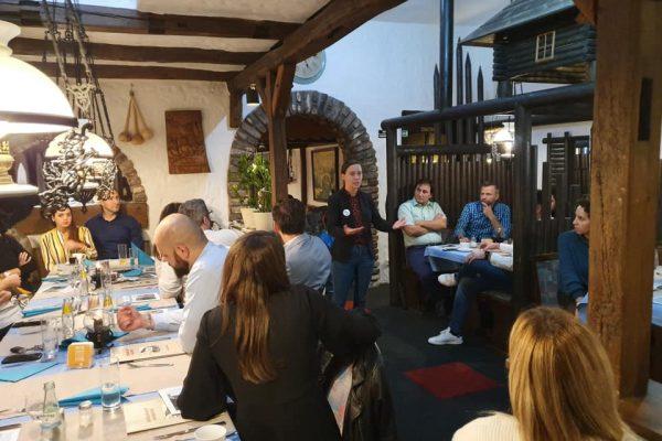 74453237 2331772740264893 4587115726002716672 n 600x400 - Impresije - Düsseldorf Professionals Meetup - pangea | netzwerk & BH Futures Foundation