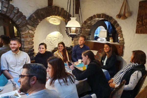74781671 2331772663598234 9065031882734829568 n 600x400 - Impresije - Düsseldorf Professionals Meetup - pangea | netzwerk & BH Futures Foundation