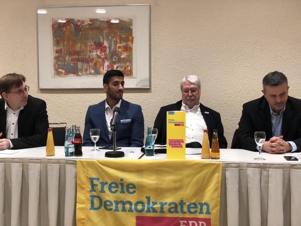Impresije – Politička diskusija u Frankfurtu: Mladi moraju govoriti i tako propagirati BiH u Europi
