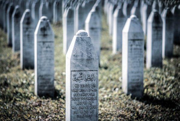"""smc 004 600x403 - Buchveröffentlichung """"Voices from Srebrenica"""" -  Donnerstag, 14. Januar 2021"""
